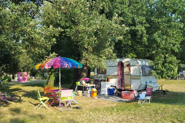 Small retro campsite in Cevennes