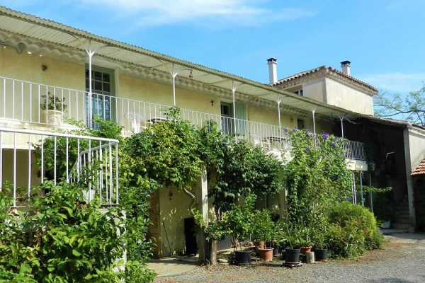 chambre hote mas cauvy 600x400 - Bed & Breakfast in Cevennes