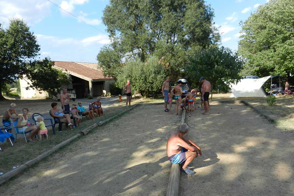 petanque camping cevennes - Small campsite in France with pool