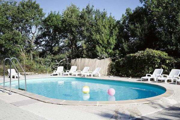 camping piscine cevennes 600x400 - Bed & Breakfast in Cevennes