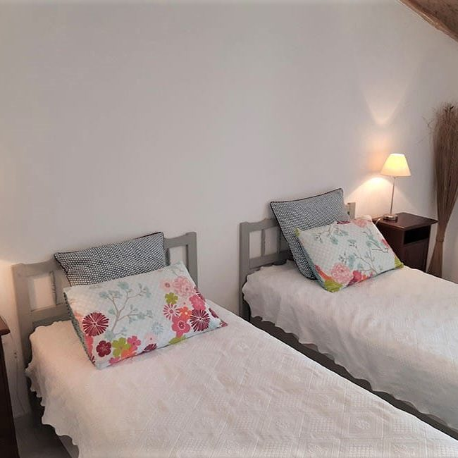 chambre hote 2 lits 650x650 - Bed and Breakfast met zwembad in Cevennes