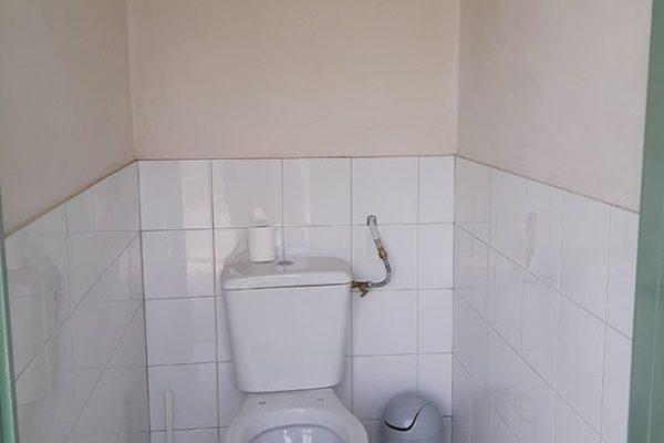 wc sanitaire aire naturelle 600x400 - Aire naturelle de camping | Photos