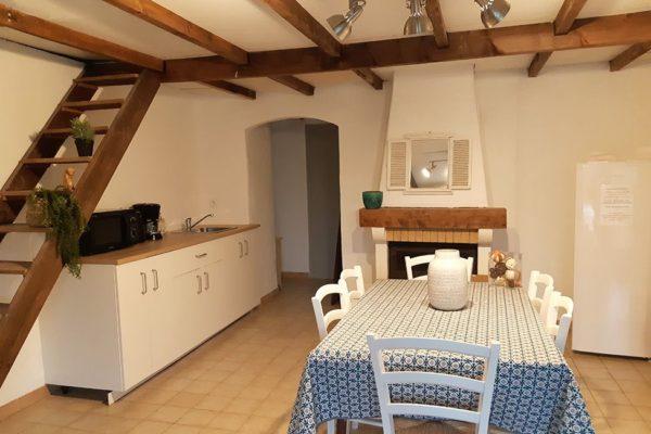 cuisine chambre hote ales 600x400 - Chambre d'hotes Cevennes