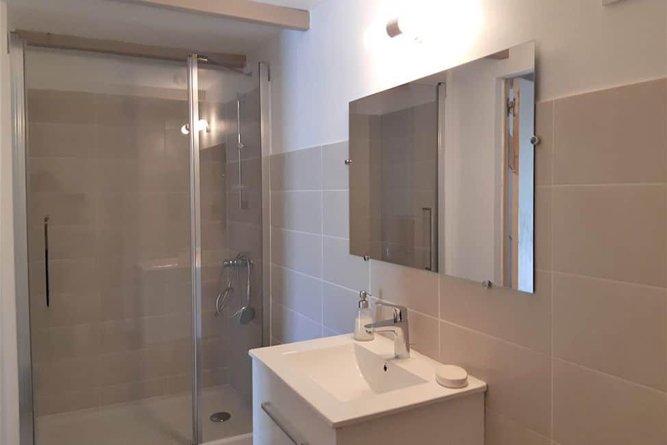douche chambre hote ferme - Chambre d'hote Ales en famille