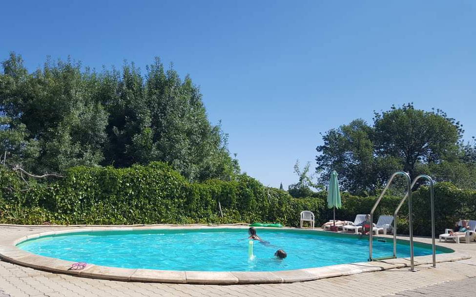 Piscine chambre hote familiale - Chambre d'hote familiale en Cévennes | Les Cigales