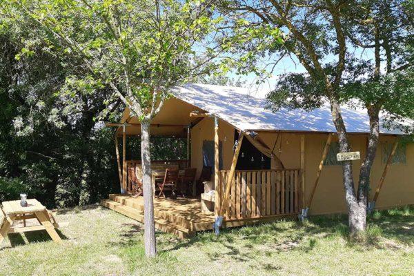 lodge safari cevennes 600x400 - Tente ecolodge France | Tente tipi | Glamping Cevennes